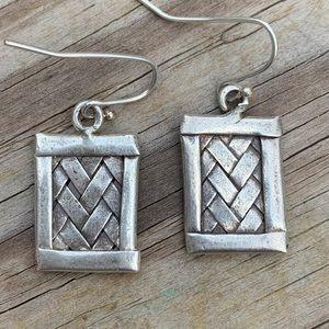 Tibetan hand weaved SS earrings.